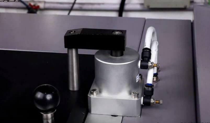 Vacuum gold bullion casting machine
