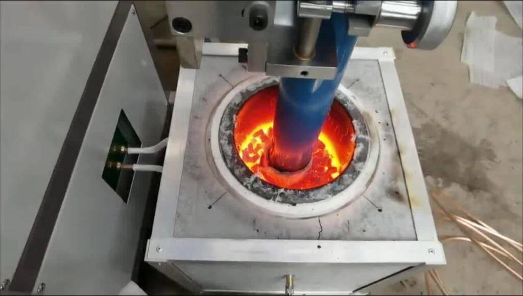 Upward continuous casting machine for copper wire